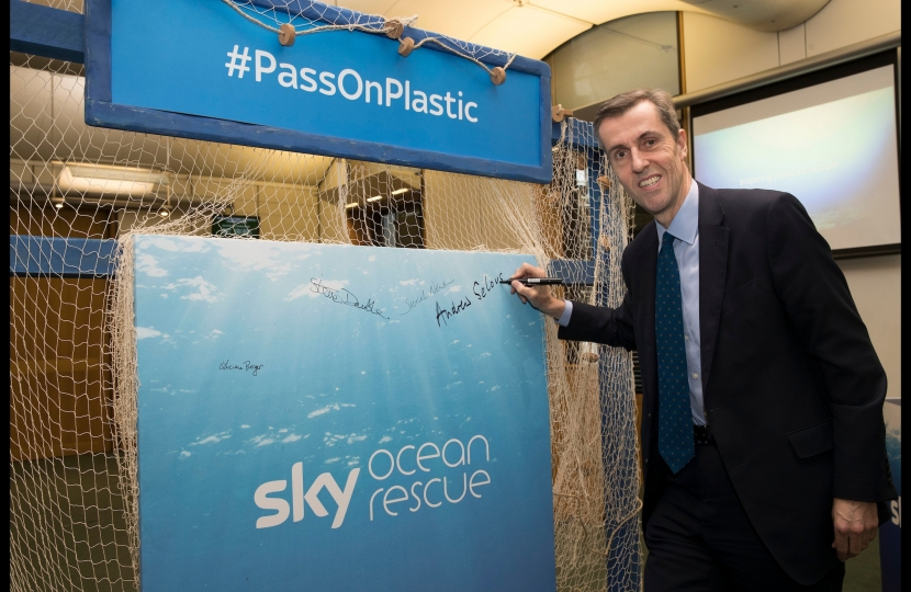 Andrew Selous MP to #PassOnPlastic with Sky Ocean Rescue